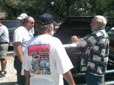 Big engine discussion. Riley's Classic Car Day. Hunter, Texas